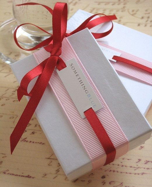 Best ideas about Gift Wrapping Ideas Ribbon . Save or Pin Unique t wrap ideas for Christmas ts farm girl Now.