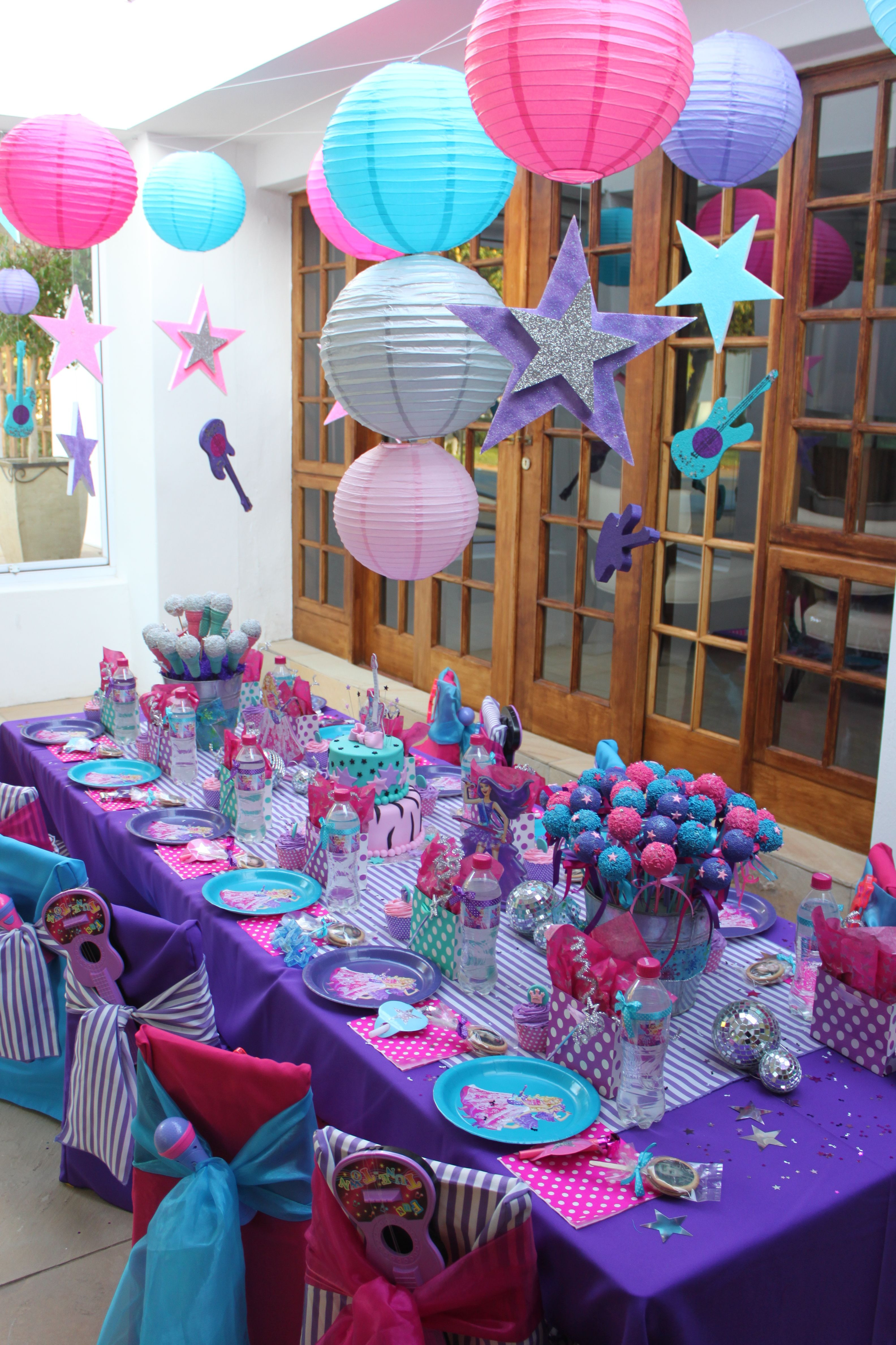 Best ideas about Girls Birthday Party Decorations . Save or Pin Cute simple decorations for a party Just change the Now.