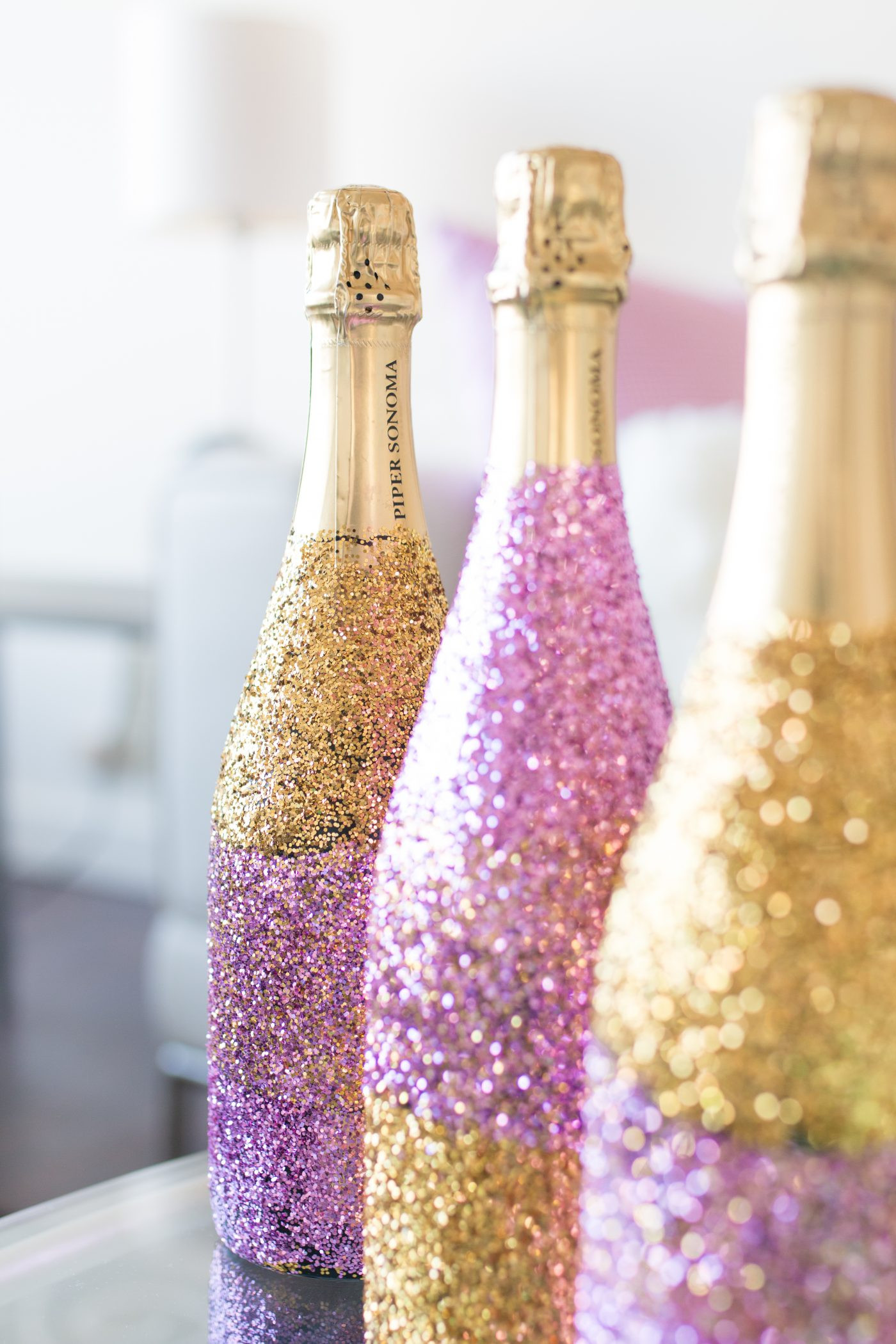 Best ideas about Glitter Wine Bottles DIY . Save or Pin DIY Glitter Ombré Champagne Bottle Now.