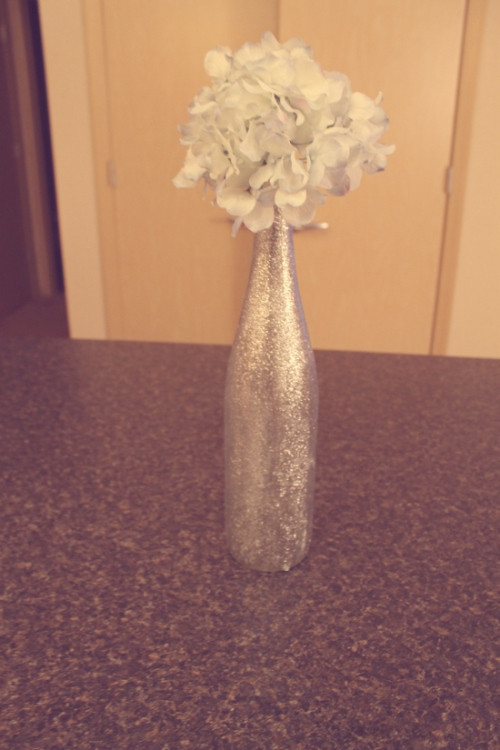 Best ideas about Glitter Wine Bottles DIY . Save or Pin diy glitter wine bottles Now.