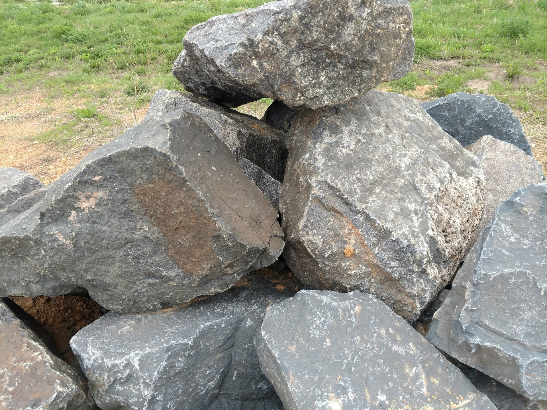 Best ideas about Great Lakes Landscape Supply . Save or Pin Decorative Rock and Boulders Gallery Now.