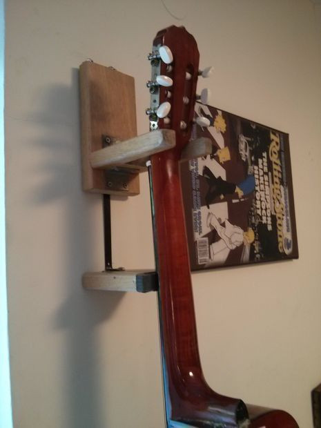 Best ideas about Guitar Wall Hanger DIY . Save or Pin DIY guitar wall hanger from wood Now.