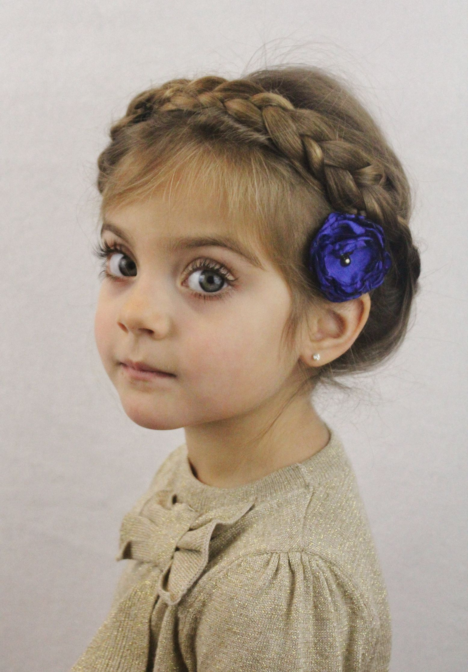 Best ideas about Hair Cut For Kids . Save or Pin Cute Christmas Party Hairstyles for Kids Now.