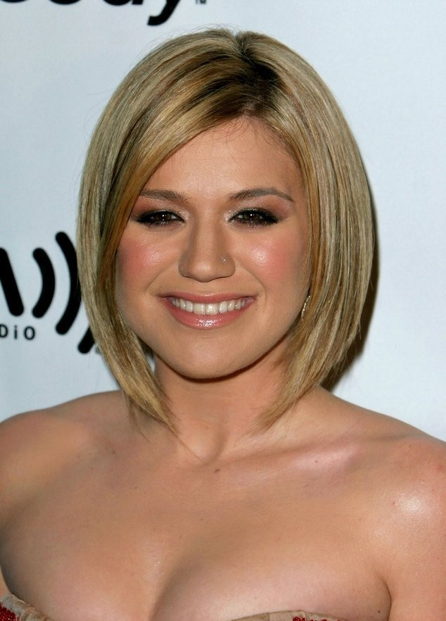 Best ideas about Haircuts For Fat Girls . Save or Pin Hairstyles to Make Fat Faces Slimmer Now.