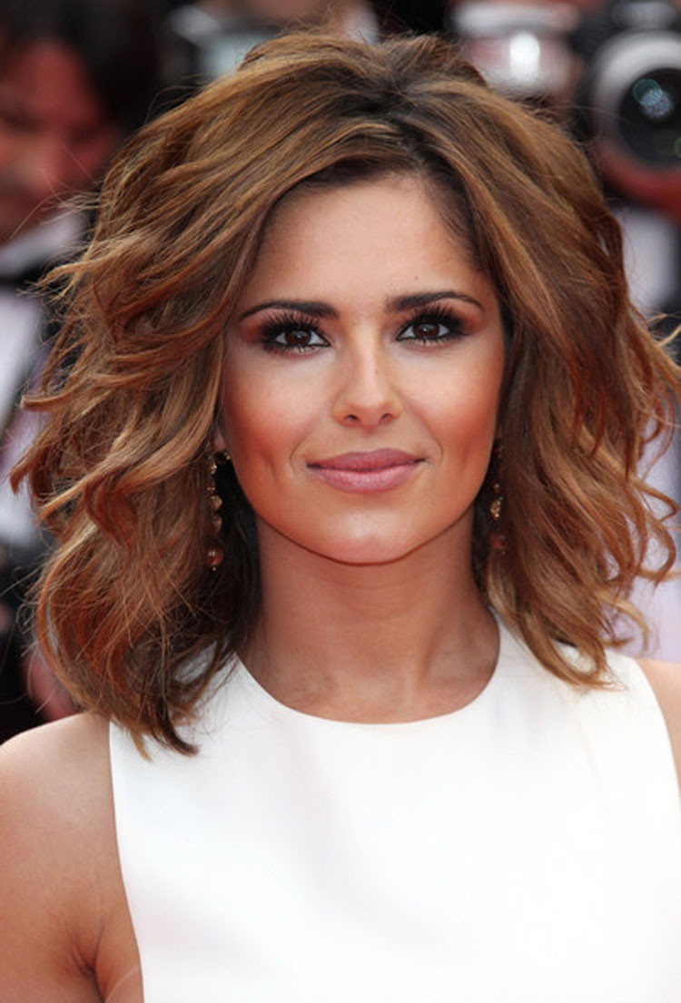 Best ideas about Haircuts For Girls With Medium Hair . Save or Pin 21 Best Short To Medium Length Hairstyles Feed Inspiration Now.