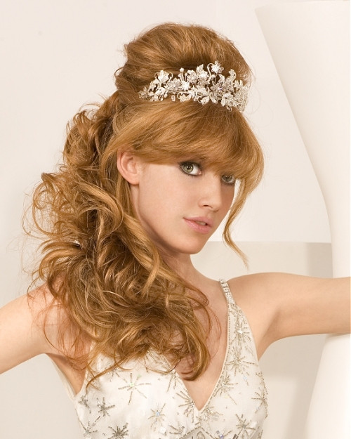Best ideas about Hairstyles For Long Hair Wedding . Save or Pin 35 Beautiful Wedding Hairstyles For Long Hair Now.