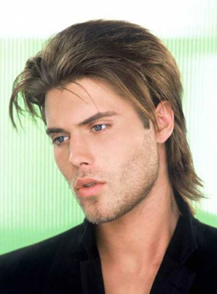 Best ideas about Hairstyles For Men With Long Faces . Save or Pin Best Men's Hairstyles for Long Faces 2014 Now.