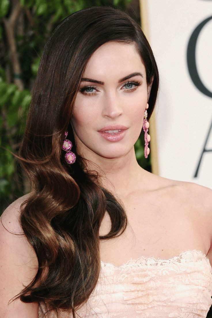 Best ideas about Hairstyles For Oval Faces Female . Save or Pin 1000 ideas about Oval Face Hairstyles on Pinterest Now.