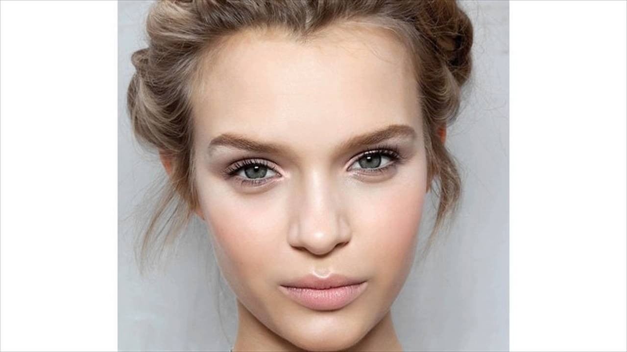 Best ideas about Hairstyles For Widows Peak Female . Save or Pin Widow Peak Hairstyles Women Now.