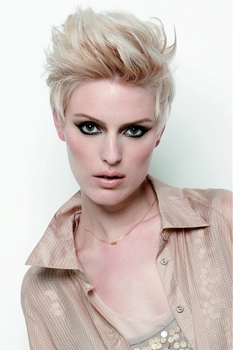 Best ideas about Hairstyles For Women With Short Hair . Save or Pin Best Hairstyles for Diamond Face Shapes Now.