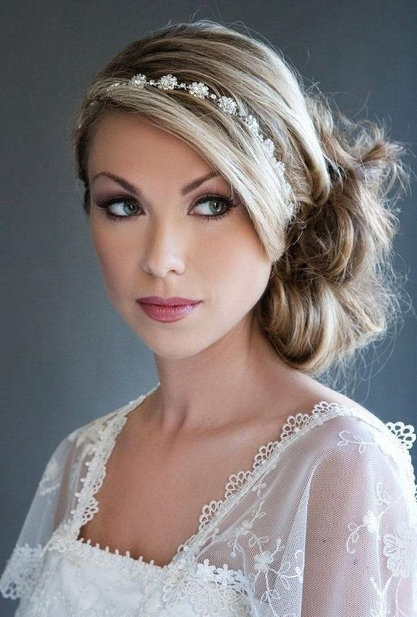 Best ideas about Hairstyles With Headbands For Long Hair . Save or Pin 25 Cool Hairstyles with Headbands for Girls Hative Now.