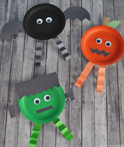 Best ideas about Halloween Craft Ideas For Kindergarteners . Save or Pin 10 Fun Halloween Crafts for Kids Halloween Now.