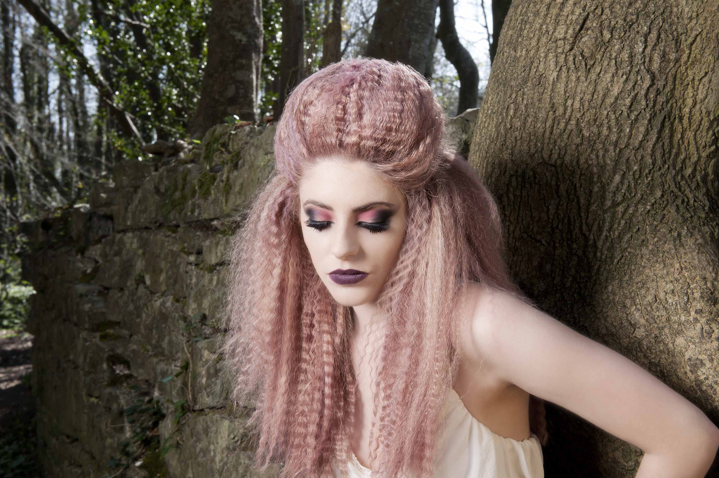 Best ideas about Halloween Hairstyles . Save or Pin 26 popular Halloween hairstyles that will make your night Now.