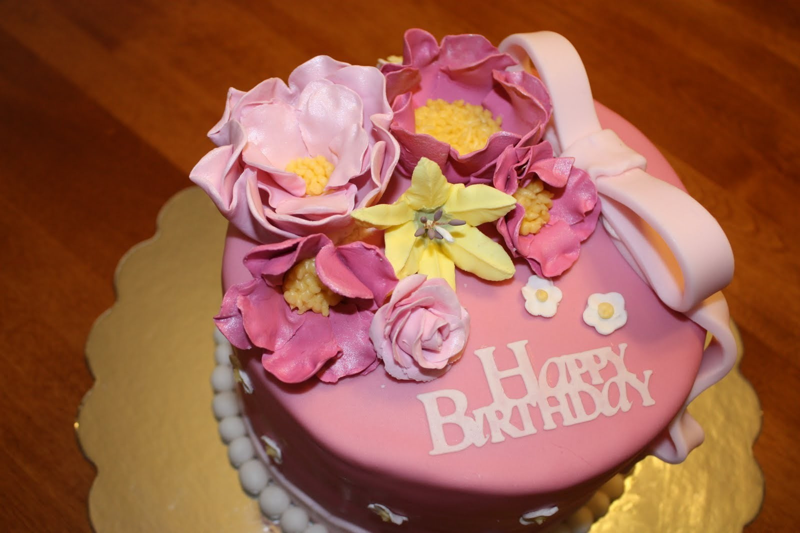 Best ideas about Happy Birthday Flowers And Cake . Save or Pin 10 Best Happy Birthday Wishes with Quotes Now.