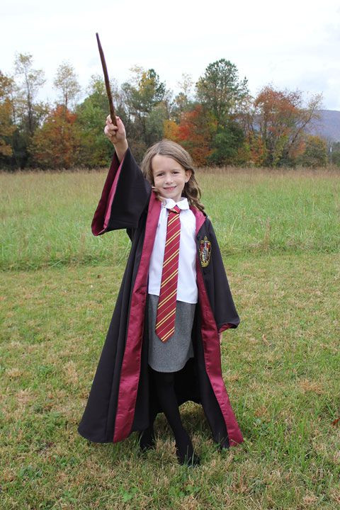 Best ideas about Harry Potter Costume DIY . Save or Pin 15 DIY Harry Potter Costumes How to Make a Harry Potter Now.