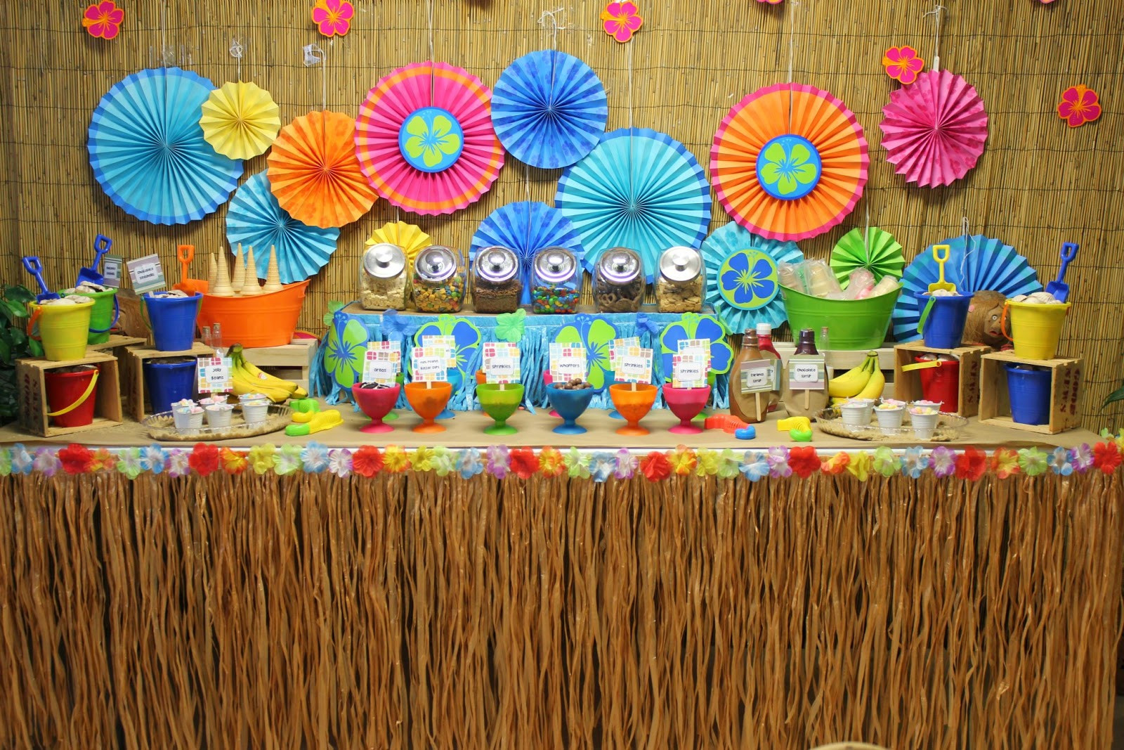 Best ideas about Hawaiian Birthday Decorations . Save or Pin Fun N Frolic Summer Party Theme Hawaiian Luau Now.