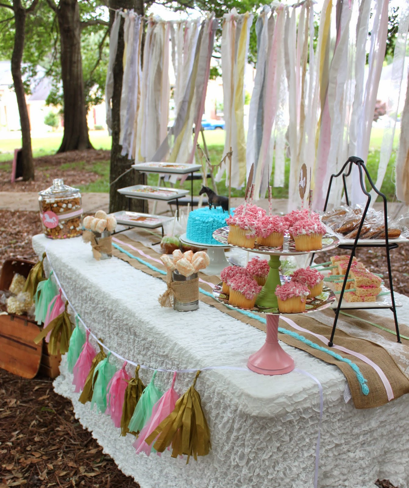 Best ideas about Horse Decorations For Birthday Party . Save or Pin So Cute Parties Tween Vintage Horse Party Now.
