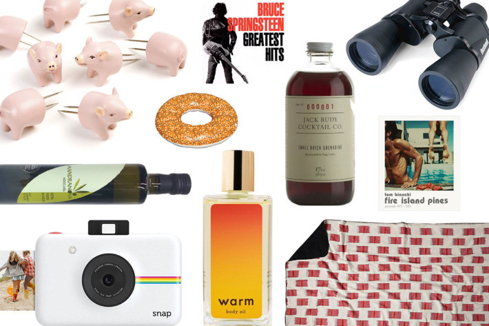 Best ideas about Hostess Gift Ideas For Weekend Stay . Save or Pin The Best Hostess Gift Ideas That Aren't Wine Now.