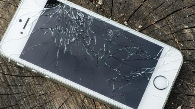 Best ideas about How To Fix A Cracked Phone Screen DIY . Save or Pin Smartphone screen repair These hacks could save you big bucks Now.