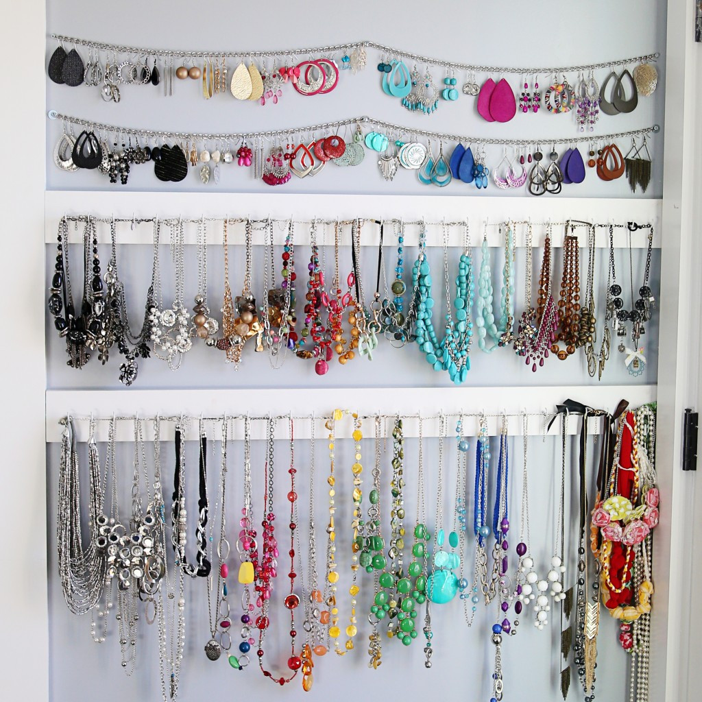 Best ideas about How To Organize Jewelry DIY . Save or Pin 11 Nifty DIY Ways To Organize Your Jewelry Now.