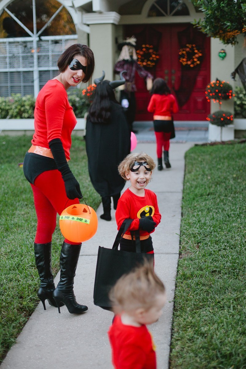 Best ideas about Incredibles DIY Costumes . Save or Pin Easy Incredibles Family Costume Life Now.