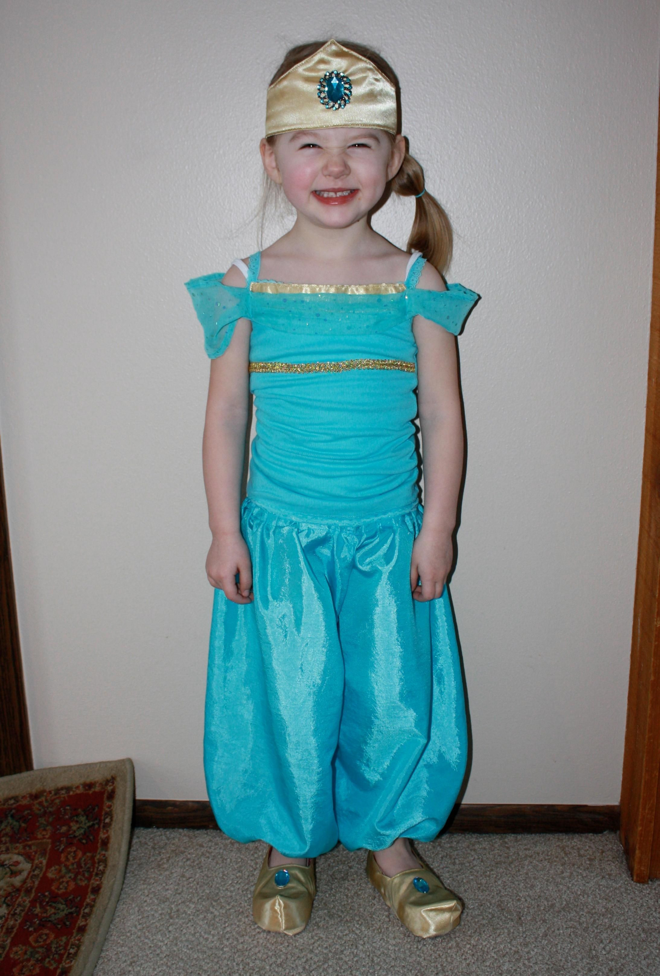 Best ideas about Jasmine DIY Costume . Save or Pin DIY Fairy Costume DIY princess jasmine costume DIY Now.
