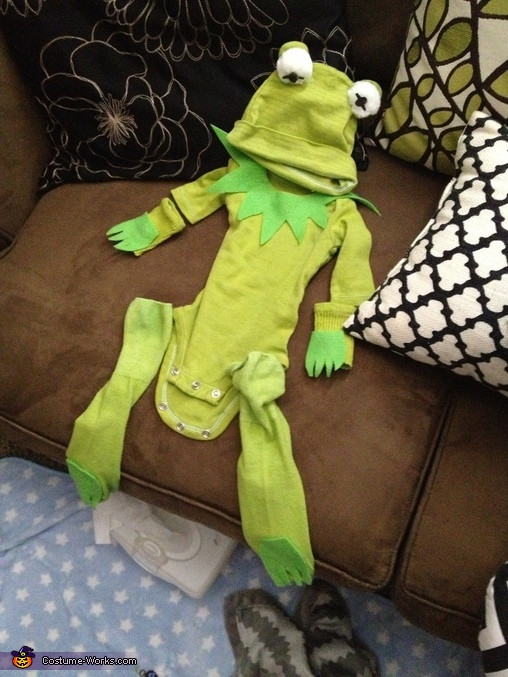Best ideas about Kermit The Frog Costume DIY . Save or Pin Kermit the Frog DIY Baby Costume 3 5 Now.