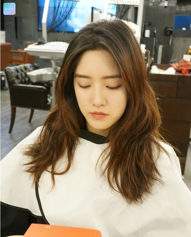 Best ideas about Kpop Hairstyles Female . Save or Pin WAVY LAYERED CUT Kpop Korean Hair and Style Now.