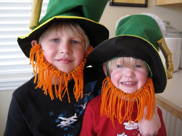 Best ideas about Leprechaun Costume DIY . Save or Pin KIDS DIY Leprechaun beards Really Awesome Costumes Now.