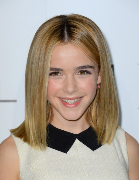 Best ideas about Medium Length Hairstyles Straight . Save or Pin Straight medium length hairstyles Now.