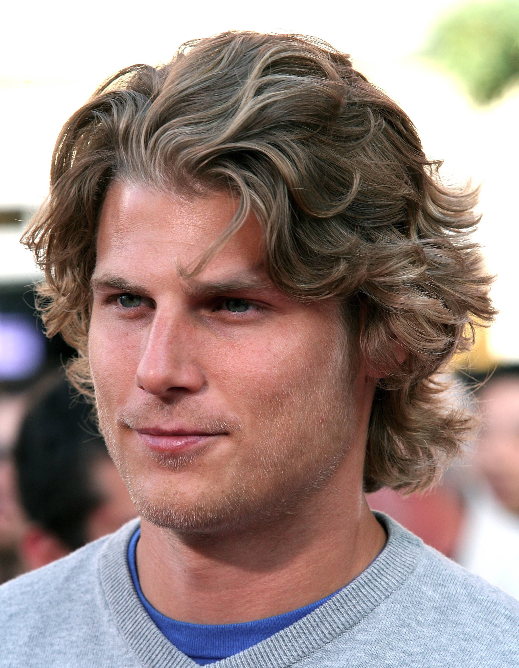 Best ideas about Men Long Wavy Hairstyles . Save or Pin Men's Long Hairstyles Now.