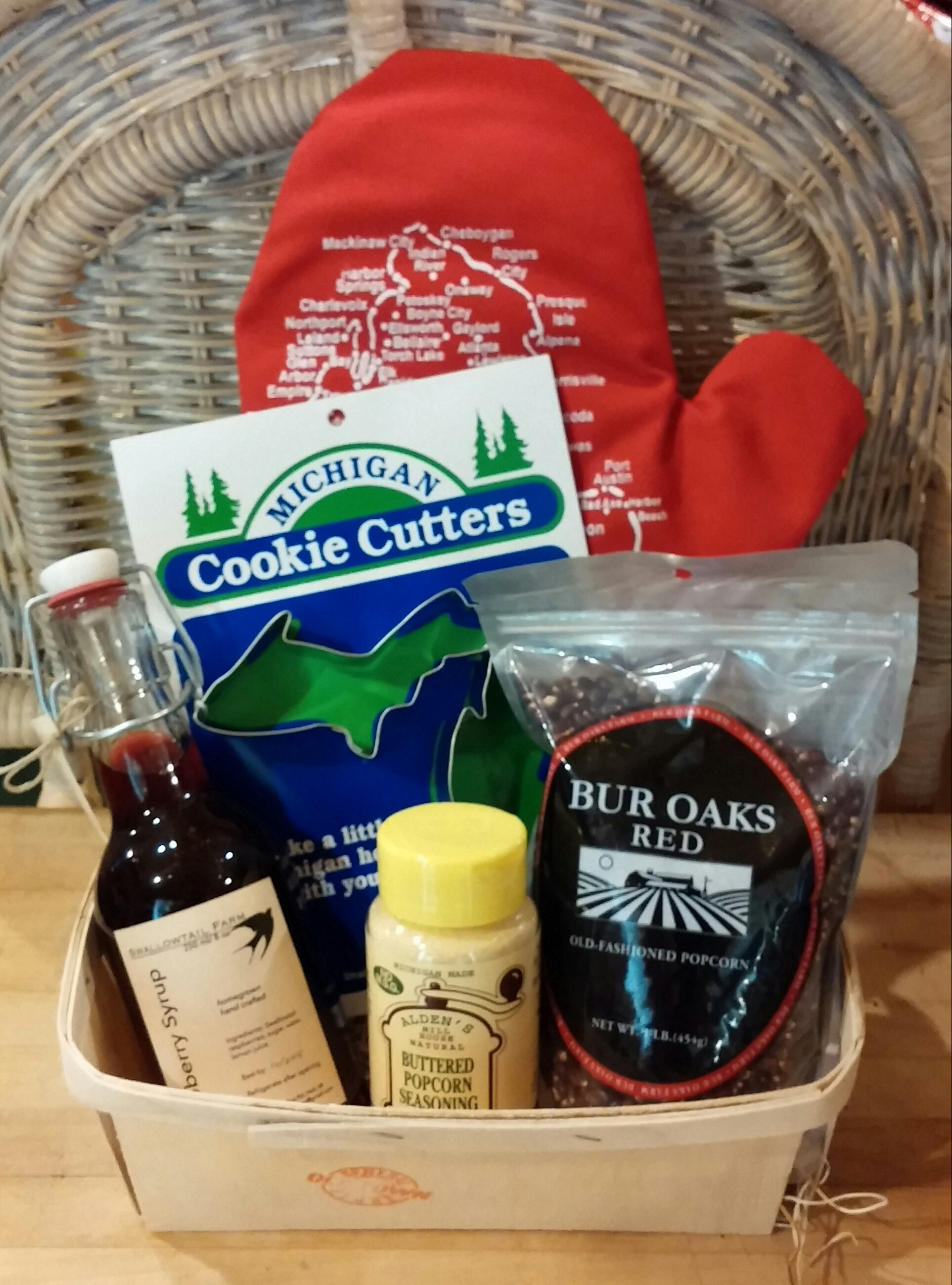 Best ideas about Michigan Gift Ideas . Save or Pin Michigan Themed Gift Baskets Gift Ftempo Now.