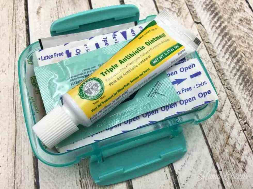 Best ideas about Mini First Aid Kit DIY . Save or Pin DIY Dollar Store Mini First Aid Kits Now.
