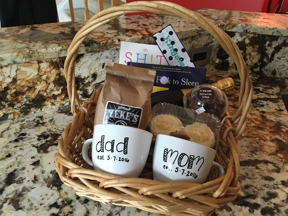 Best ideas about Newborn Baby Gift Ideas For Parents . Save or Pin New Baby Have a t basket Now.