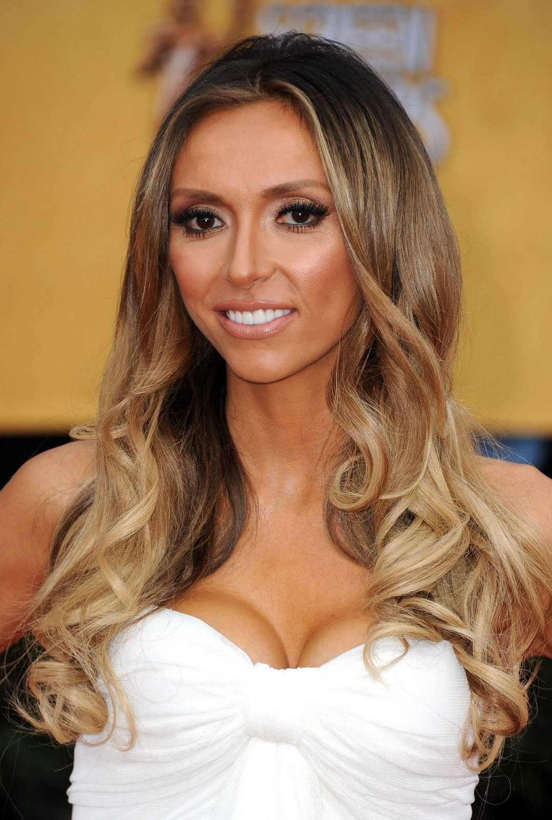 Best ideas about Ombre Hairstyles . Save or Pin fashion parade girl ombre to dye for Now.