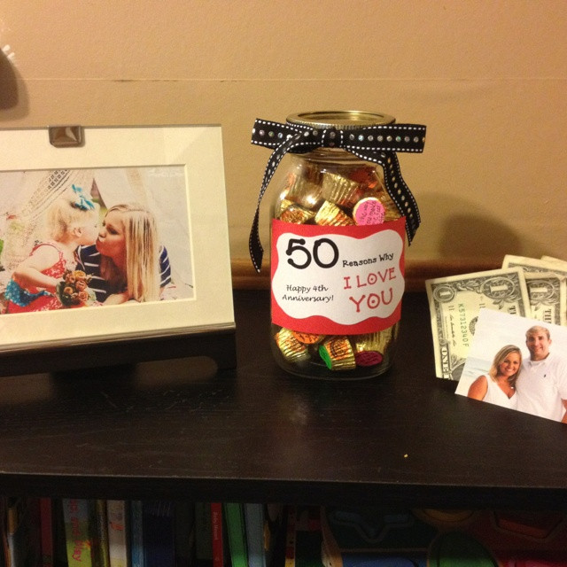 Best ideas about One Dollar Gift Ideas . Save or Pin DIY Anniversary Gift ideas e dollar bills represent Now.