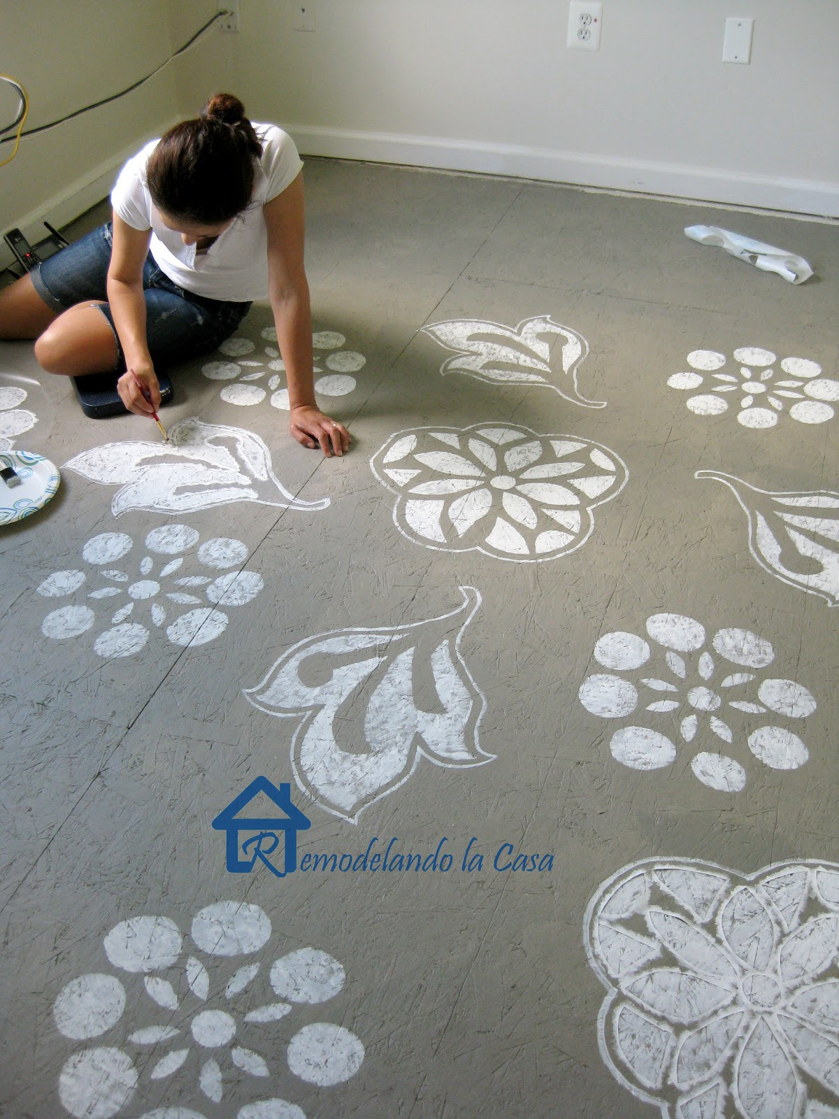 Best ideas about Painted Floors DIY . Save or Pin DIY Painted Swiss Cross Rug Remodelando la Casa Now.