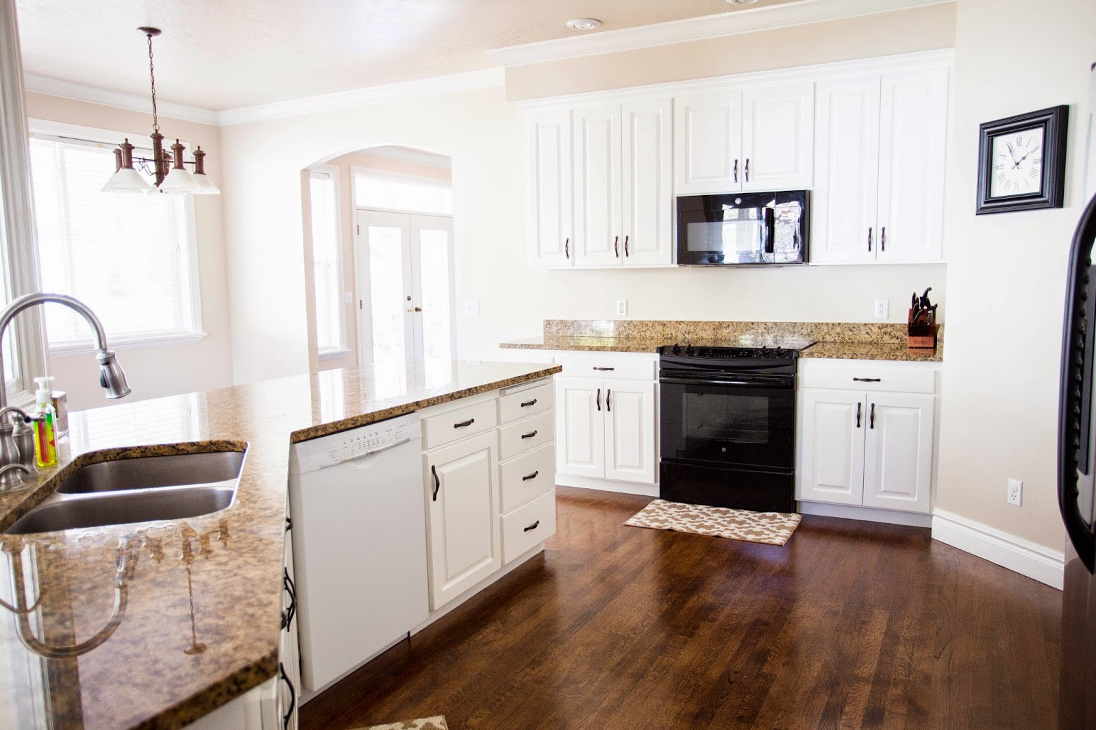 Best ideas about Painting Kitchen Cabinets DIY . Save or Pin do it yourself divas DIY How to Paint Kitchen Cabinets Now.