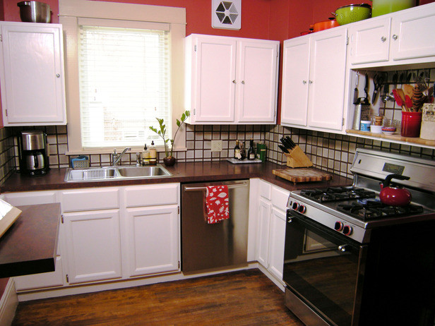 Best ideas about Painting Kitchen Cabinets DIY . Save or Pin Painting Kitchen Cabinets how tos Now.