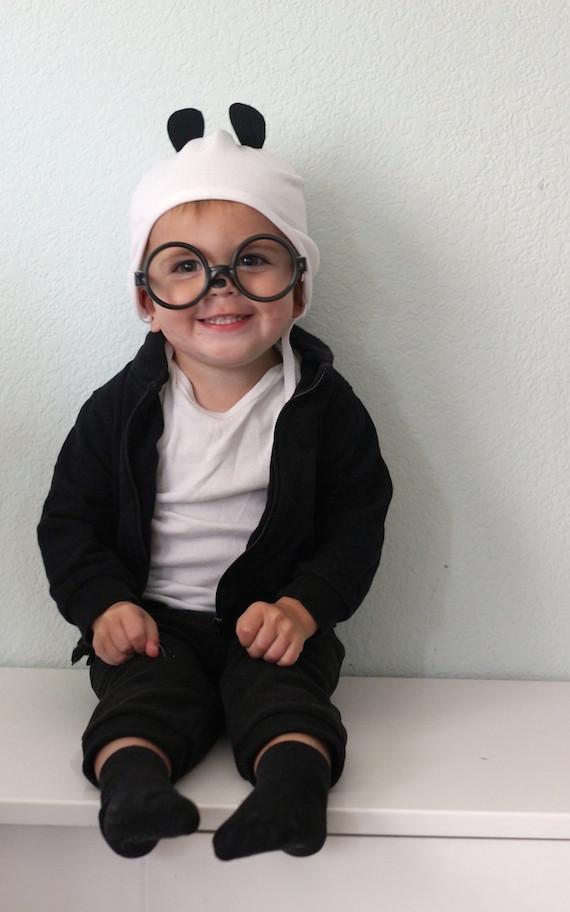 Best ideas about Panda Costume DIY . Save or Pin DIY Last Minute Panda Halloween Costume Now.