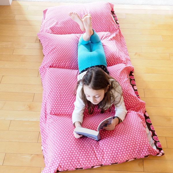 Best ideas about Pillow Bed DIY . Save or Pin How to Make a Cozy Pillow Bed Dabbles & Babbles Now.