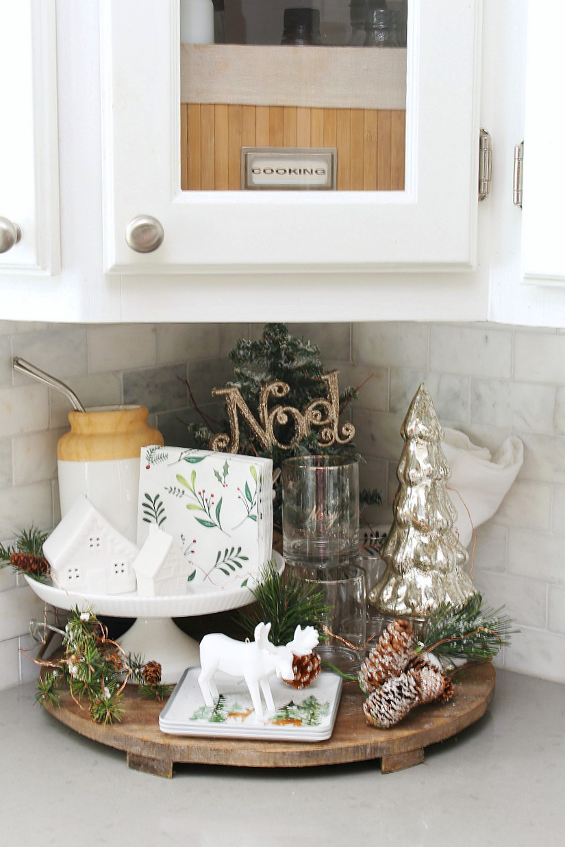 Best ideas about Pinterest Kitchen Decorating . Save or Pin Christmas Kitchen Decorating Ideas Clean and Scentsible Now.