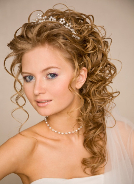 Best ideas about Prom Hairstyle Curly . Save or Pin Prom Hairstyles Short hairstyles short curly hairstyles Now.
