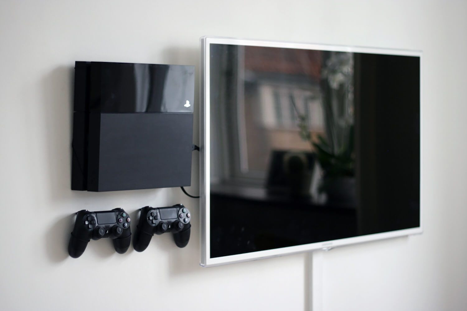 Best ideas about Ps4 Wall Mount DIY . Save or Pin PlayStation 4 original wall mount For the Home Now.