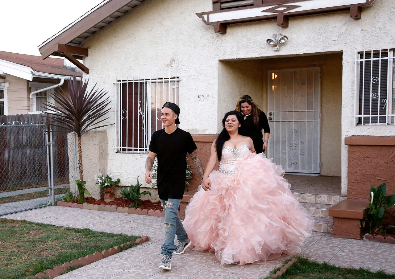Best ideas about Quinceanera Surprise Gift Ideas . Save or Pin Justin Bieber Surprises Girl with Dream Quince My Quince Now.