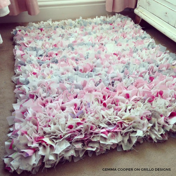 Best ideas about Rag Rug DIY . Save or Pin How To Make A DIY Rag Rug Using Old Bedding Now.