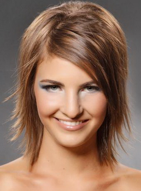 Best ideas about Razor Cut Bob Hairstyles . Save or Pin Razor cut medium hairstyles Now.