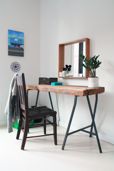 Best ideas about Reclaimed Wood Desk DIY . Save or Pin Picture DIY Home fice Reclaimed Desk Now.