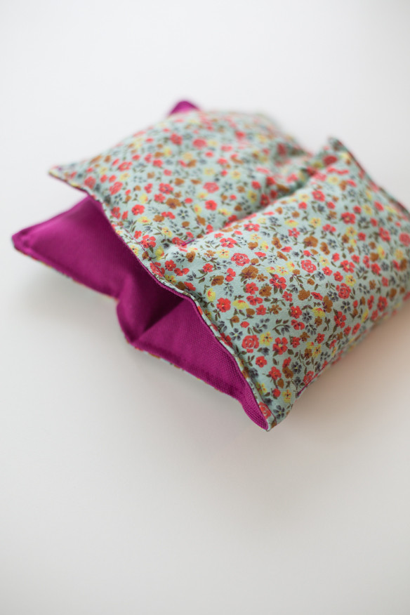 Best ideas about Rice Heating Pad DIY . Save or Pin 15 DIY Projects to Keep You Toasty Warm Now.