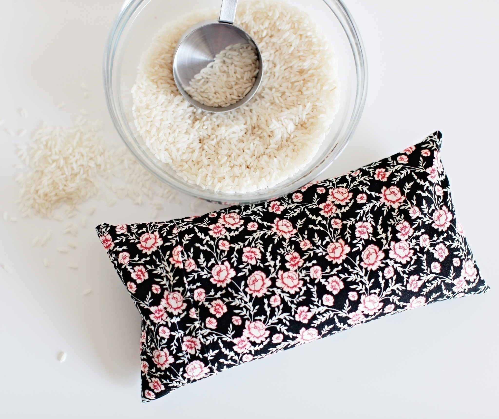 Best ideas about Rice Heating Pad DIY . Save or Pin Diy Microwavable Rice Heating Pad · How To Make A Heat Now.